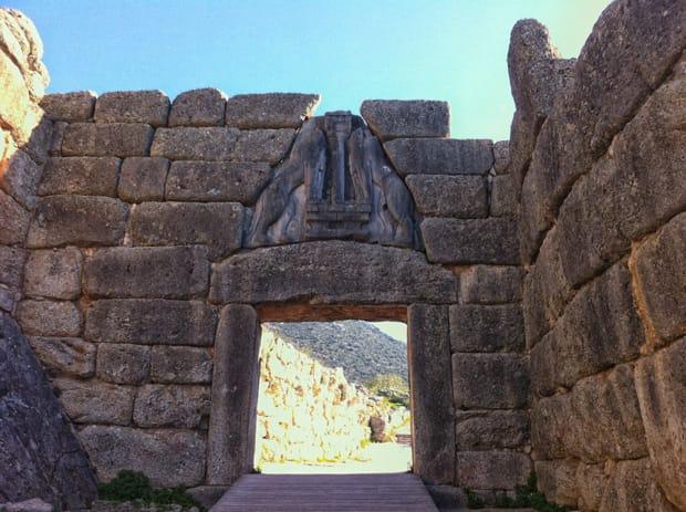 Il sito archeologico di micene 2018 arch travel grecia - La porta dei leoni a micene ...