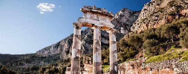 Tempio di Atena Pronaia - Santuario di Delfi - Grecia Continentale - Arché Travel Grecia