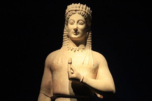 Statua del Korai Phrasikeia - 550-540 a.C - Museo Archeolgico Nazionale di Atene